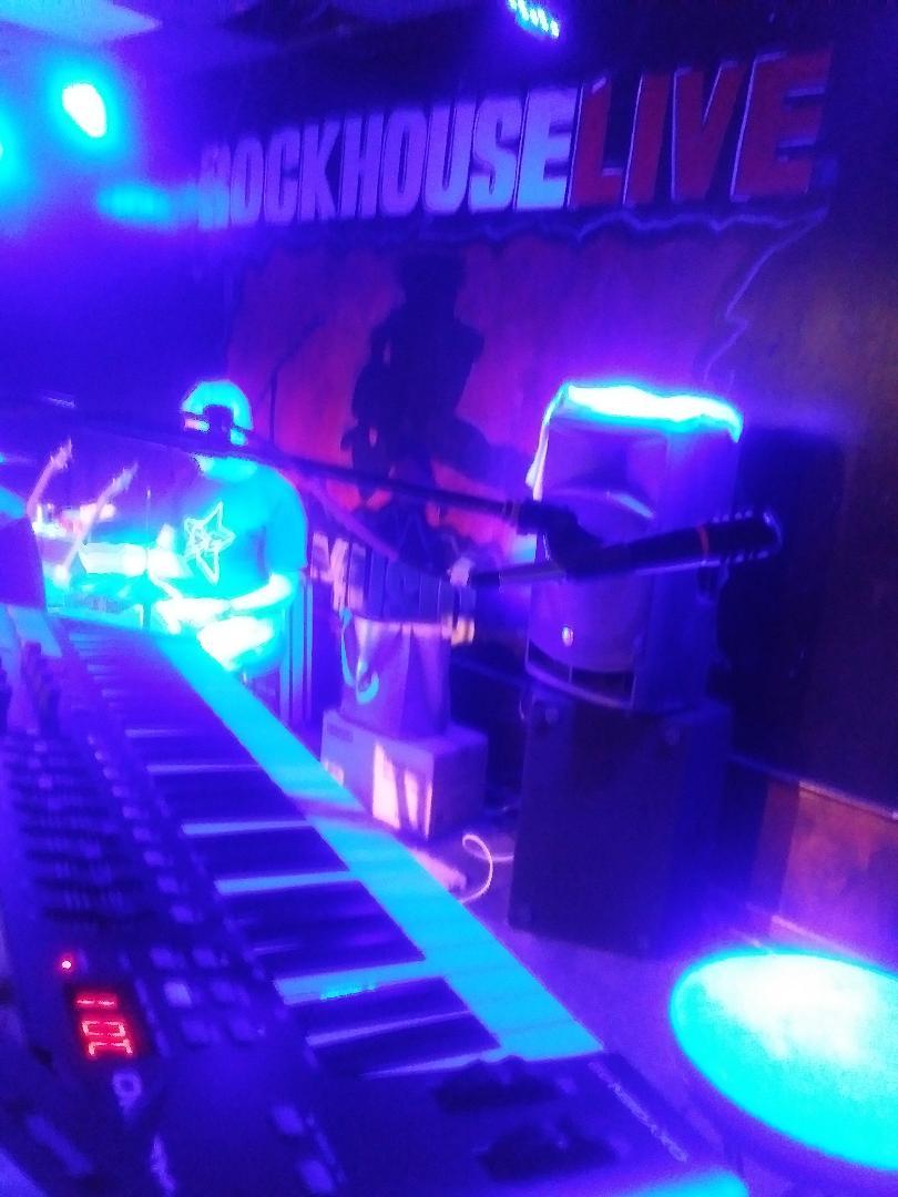 Rock%20House%201